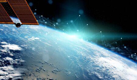Satelliten, die Daten austauschen und futuristische Verbindungen über den Globus senden 3D-Rendering-Elemente dieses von der NASA bereitgestellten Bildes Standard-Bild