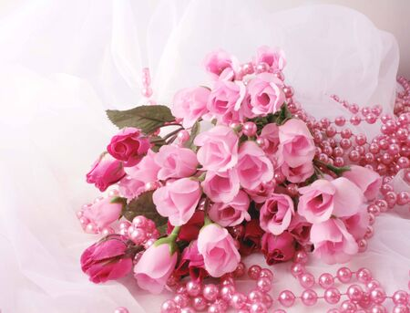 Brides boquet of pink roses and pink beads Stok Fotoğraf