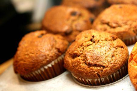 comiendo platano: Muffins de tuerca de pl�tano en una sart�n