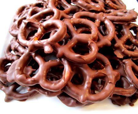 coberto: Chocolate covered pretzels Imagens