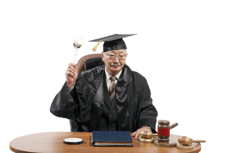 Law professor shows students the work of a judge