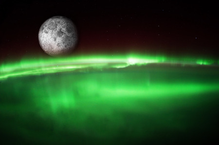 Aurora Borealis Australis aus dem All Standard-Bild - 37154042