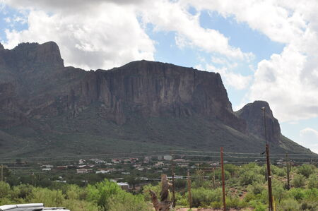 superstition: Superstition Mountain