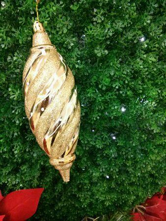 Gold shiny Christmas decorations. Zdjęcie Seryjne