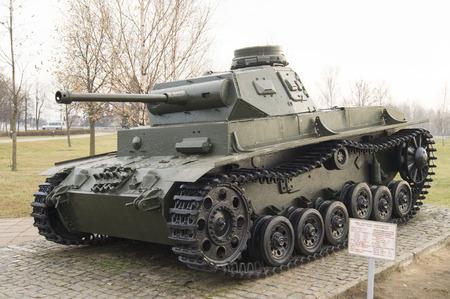 seconda guerra mondiale: Carro armato tedesco T-III della Seconda Guerra Mondiale. Vista laterale Editoriali