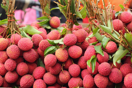 ripe lychee in the market photo