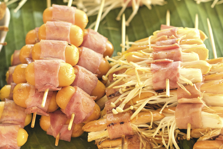 fungoid: Grilled mushrooms wrapped in bacon