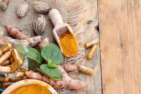 tumeric: Turmeric powder with tumeric capsules for health