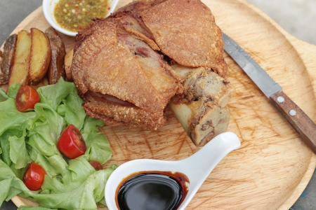 german food: Fried pork knuckle is traditional german food