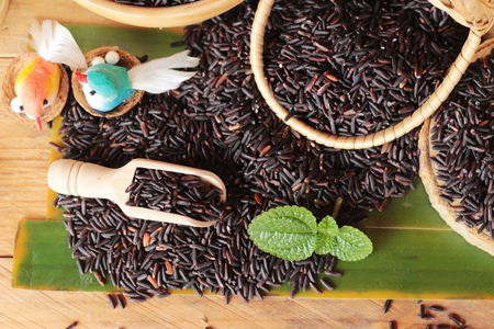 Black jasmine rice or organic riceberry rice