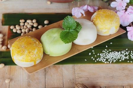 festival moon cake - Chinese cake and tea Stock Photo