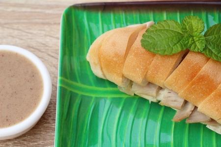 Vietnamese bread slices with gravy is delicious
