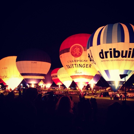 glow: Nght glow at the balloon fiesta Bristol