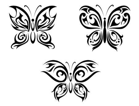 totem: Tatouages isol�s de papillon sur fond blanc