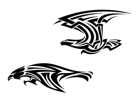 halcones: Dos pájaros mascotas en estilo trbal para el diseño del tatuaje Vectores