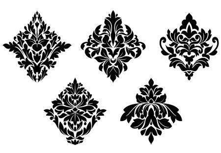 Conjunto de antiguos motivos florales y adornos aislados en fondo blanco