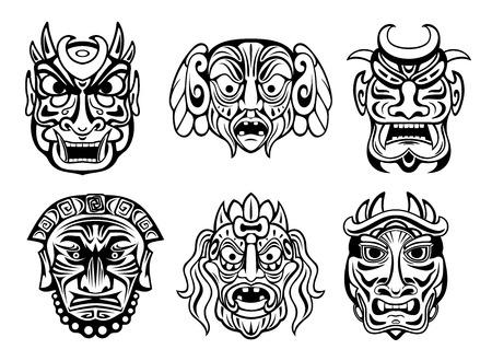 kifejező: Kifejező vallási maszkok törzsi stílusban elszigetelt fehér. A vallás, a tetoválás és a történelmi elemekkel