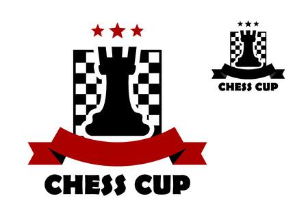caballo de ajedrez: Icono de la taza de ajedrez o plantilla emblema incluyendo grajo negro en tablero de ajedrez adornada estrellas rojas y bandera de la cinta con copia espacio y segunda variante de color negro