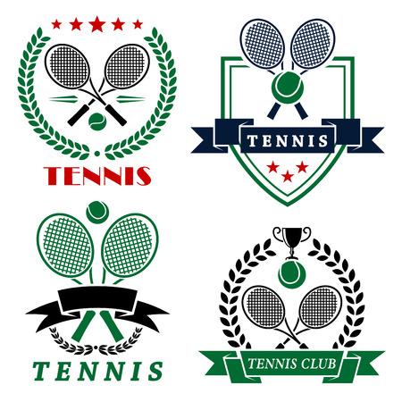 raqueta de tenis: Club de Tenis emblemas heráldicos o logo con raquetas y pelotas cruzadas bordeadas por escudo, coronas de laurel, banderas de la cinta con copia espacio y leyendas