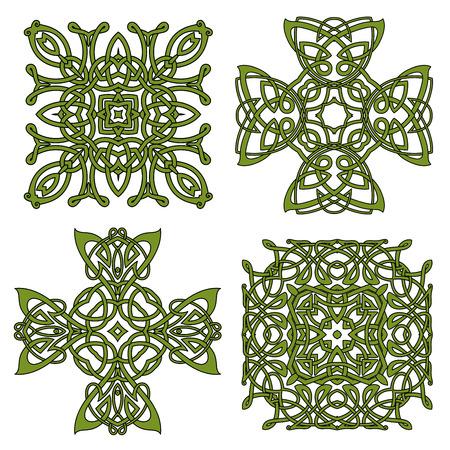 Croci nodo ornamentali e disegni celtici e irlandesi con verde ornamento tradizionale complicato. Per l'arte, tatuaggio o decorazione Archivio Fotografico - 44008411