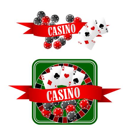 jeu de carte: icônes de casino avec des jetons de jeu, quatre aces sur des cartes à jouer, dés et table de roulette, décorées par des bannières de ruban rouge avec le texte Casino