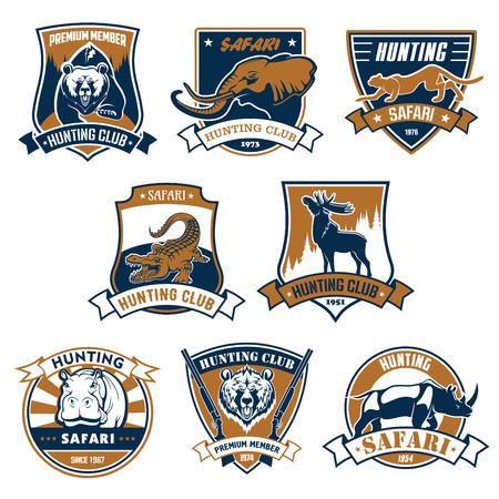 animales safari: emblemas del club de caza establecidos. Los iconos y las cintas con los animales del safari africano salvajes y animales oso pardo, elefante, pantera, cocodrilo, alces o ciervos, hipopótamos y rinocerontes. Muestras del vector o insignias para deporte aventura cazador Vectores