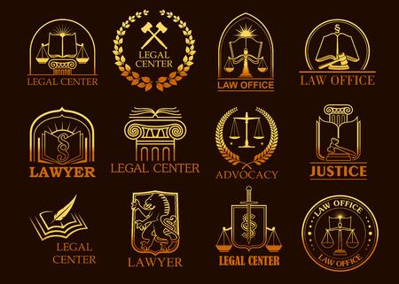 Juridische vector iconen set advocacy en juridische symbolen wetboek boek, gerechtigheid schalen of rechter hamer en lauwerkrans, zwaard en kolom. Gouden emblemen of tekens voor advocaat, advocaat en rechterlijke advocaat, advocaat of notaris