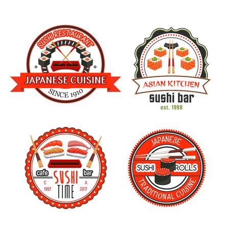 일본 스시 바와 아시아 요리 레스토랑 배지 및 아이콘. 해산물 스시 롤과 쌀, 연어, 참치, 새우, 문어와 캐 비어를 곁들인 초밥에 젓가락, 간장, 와사비