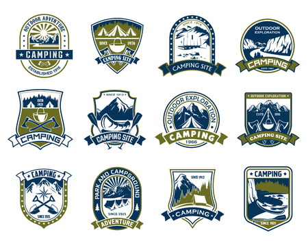 Camping and outdoor adventure shield badge set. Mountain camp and forest campground park heraldic symbol with tent, campfire, rocks and tree, ribbon banner and star for scout sign and travel design Banque d'images - 99721862
