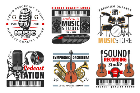 Tienda de música, estudio de grabación de sonido y iconos de estaciones de podcast con guitarra, micrófono y auriculares, batería, discos de vinilo y notas. Símbolos con instrumentos musicales y equipos.