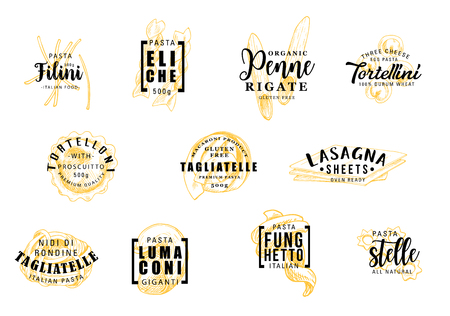 Simboli di sagome di pasta con icone scritte o segni. Filini ed eliche, penne e tortellini, tortelloni e tagliatelle, lasagne e lumaconi, funghetto e stelle. Vettore di cibo cucina italiana Vettoriali