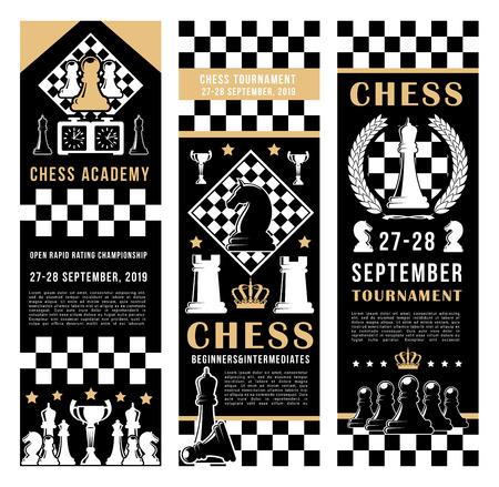Bannières de tournoi d'académie d'échecs. Port d'échecs vectoriel et pièces de jeu de loisirs cheval, tour et couronne de roi sur fond de stratégie d'échiquier avec horloge de score Vecteurs