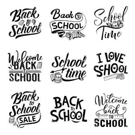 Volver a la escuela letras dibujadas a mano para promoción de oferta de venta y diseño de banner de bienvenida. Suministros para estudiantes de educación: lápiz, libro y mochila, bolígrafo, regla y globo terráqueo con citas de caligrafía