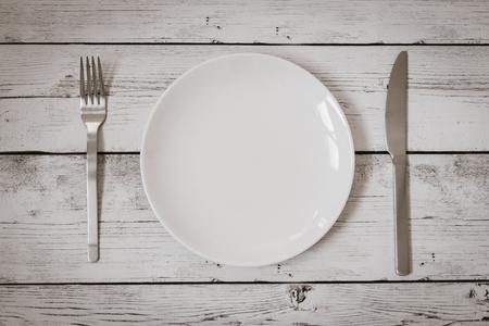 plato de comida: cuchillo de horquilla de placa Foto de archivo