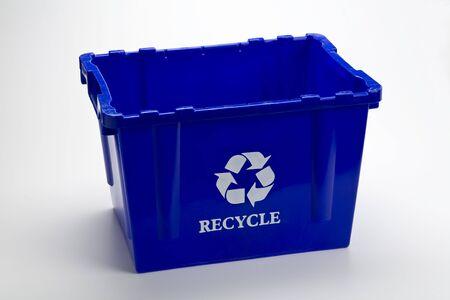 Blue recycle bin leeg  Stockfoto