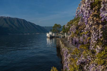 lake como: Comomeer Italië is een mooie en rustige toeristische bestemming. Stockfoto