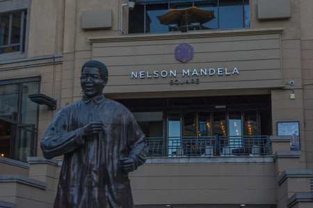 nelson mandela: Sandton Johannesburg 29 March 2016 The Nelson Mandela Square is a public space and shopping area