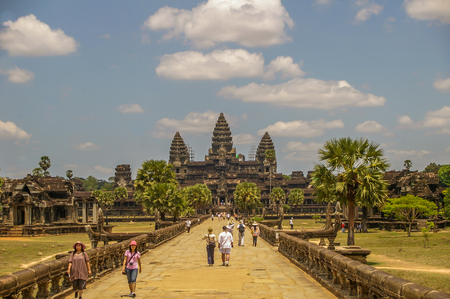 masonary: Angkor Wat in Cambodia is the largest religious monument in the world and a World heritage llisted complez Stock Photo