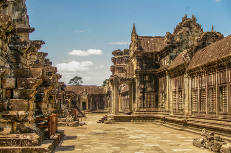 Angkor Wat in Cambodia is the largest religious monument in the world and a World heritage llisted complez Stock Photo