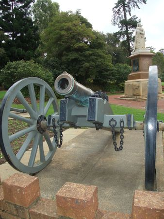 rectification: Civil War Cannon located at King Park in Perth