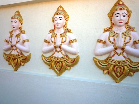 crave: Wall of Buddha statues in Temple of Penang in Malaysia