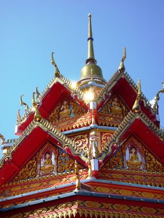 cravings: Beautiful and colorful Burma temple in Penang, Malaysia