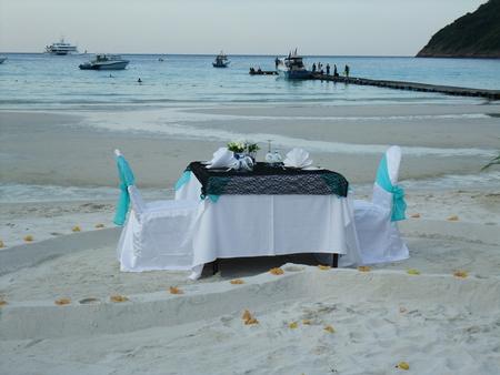 redang: Romantic dinner at seaside