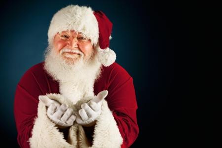 Uitgebreide reeks van een blanke, Authentiek Kerstman Karakter op een blauwe achtergrond. Stockfoto