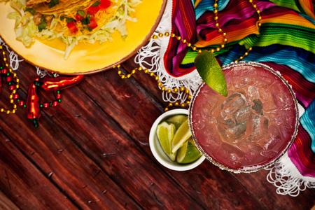 Cinco De Mayo Background With Margarita And Tacos Standard-Bild