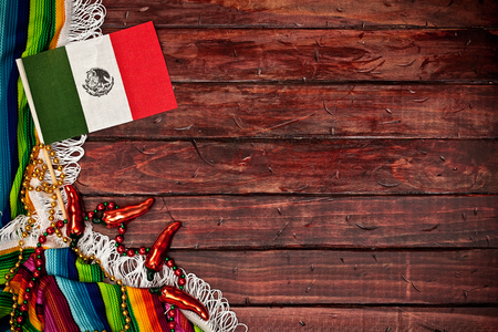 Cinco De Mayo Background With Flag And Serape Standard-Bild
