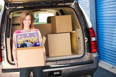Almacenamiento: Almacenar cosas de la venta de garaje