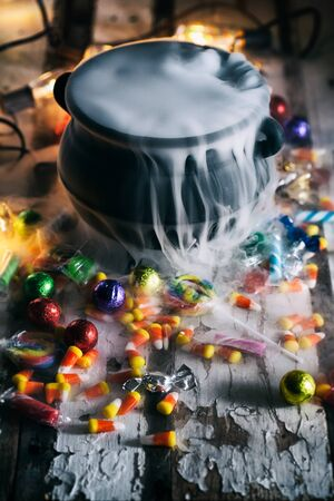 surrounds: Halloween: Candy Surrounds Cauldron With Magic Potion