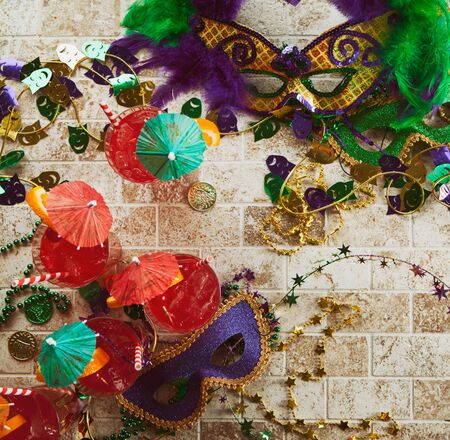 Series for the celebration of Mardi Gras, including Hurricane drinks, a King Cake, masks and trinkets. 版權商用圖片