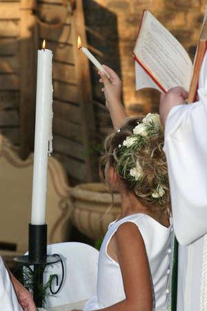 flowergirl: Flower girl ligting the unity candles